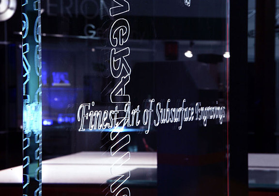 Lettering in glass as a laser engraving