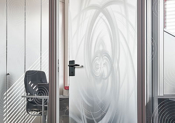 glass door, satinated, with laser decor