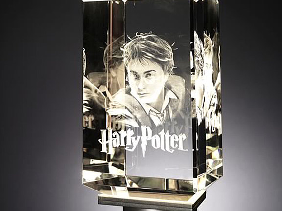 Crystal glass with 3D laser image