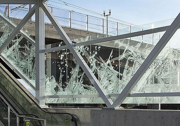 Laserveredeltes Glas